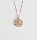 https://www.stories.com/en_gbp/jewellery/necklaces/product.bee-embossed-pendant-necklace-gold.0589785001.html